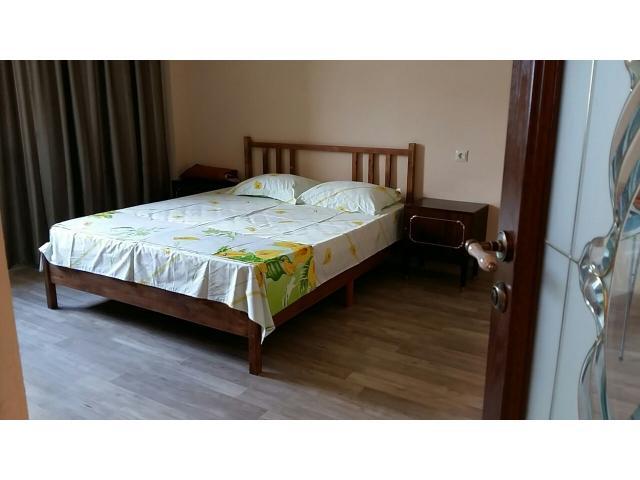 Продаю 1,5-комнатную квартиру в Гагре в районе Кемпинга - 2/8