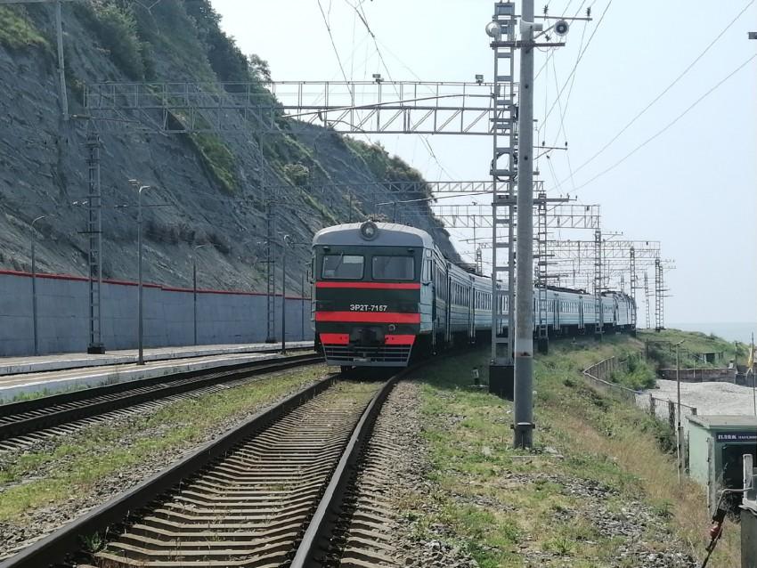 ЭР2Т-7157.jpg